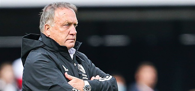 Foto: 'Advocaat maakt gigantische fout bij Feyenoord'