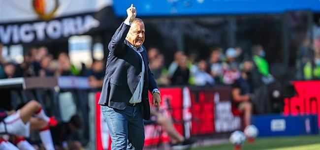 Foto: 'Advocaat dreigt Feyenoorder uit elftal te gooien'