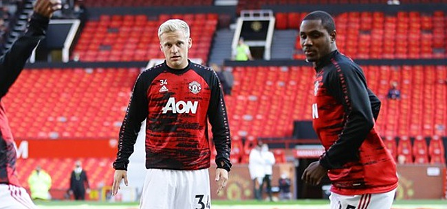 Foto: Man United-fans laten zich horen over Donny: