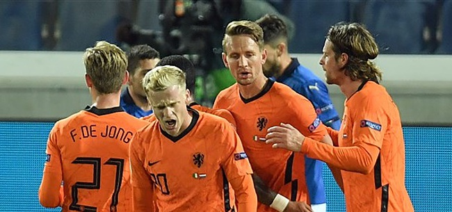 Foto: Oranje zakt op FIFA-ranking na valse start De Boer
