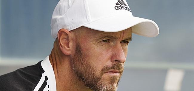 Foto: 'Erik ten Hag schrikt zich een hoedje bij Ajax'