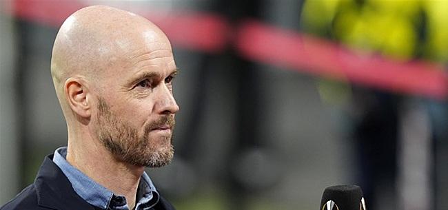 Foto: Ten Hag wijst al naar PSV: