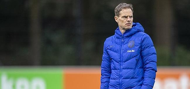 Foto: De Boer pleegt telefoontje: