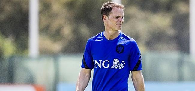 Foto: 'Frank de Boer wijst nieuwe nummer één aan'