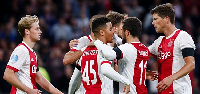 Foto: 'Drie leiders in Ajax-kleedkamer'
