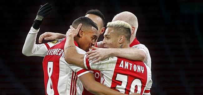 Foto: Ajax-duo krijgt volle laag: