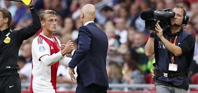 Foto: Sierhuis droomt: 'Recht voor de F-side, dat zijn de dromen van een Ajaxspits'