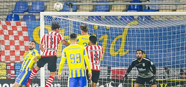 Foto: VAR speelt hoofdrol bij belangrijke overwinning Sparta op RKC