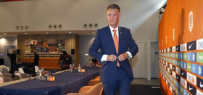 Foto: Van Gaal verklapt 'geheimpje' aan de media tijdens persco
