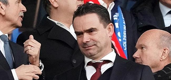 Foto: 'Overmars wacht transferactie na harde les voor Ajax'