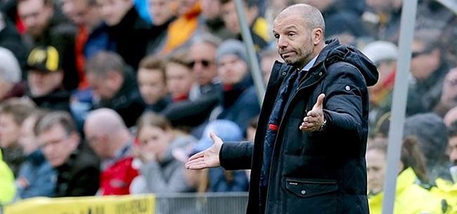 Foto: VVV-coach Steijn wijst aan: