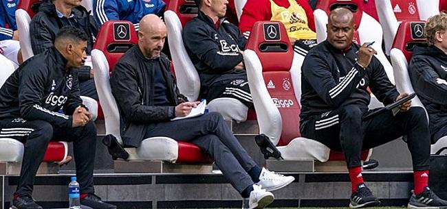 Foto: 'Morrende leiding grijpt in bij Ajax'