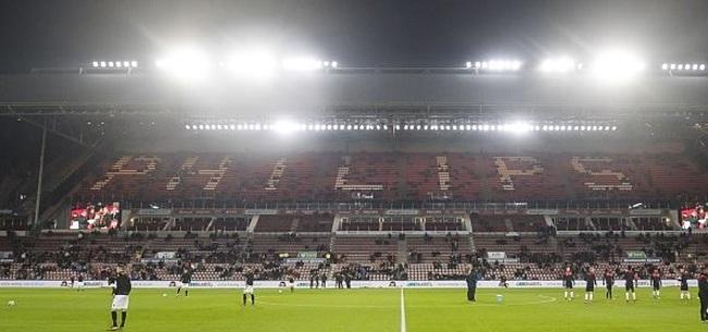 Foto: PSV komt supporters tegemoet: