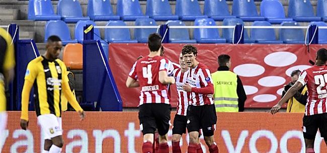 Foto: PSV mag 'een beetje' denken aan kampioenschap: 'Ajax krijgt het nog heel zwaar'