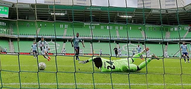Foto: 'Ajax, AZ, Feyenoord en PSV rollebollen over straat'