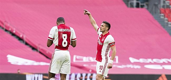 Foto: Kijkers Ajax-Utrecht furieus: