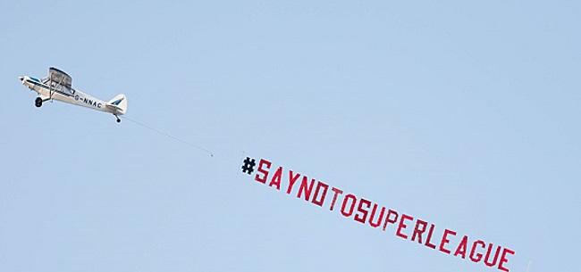 Foto: Leeds protesteert tegen Liverpool-actie: 'Earn it'