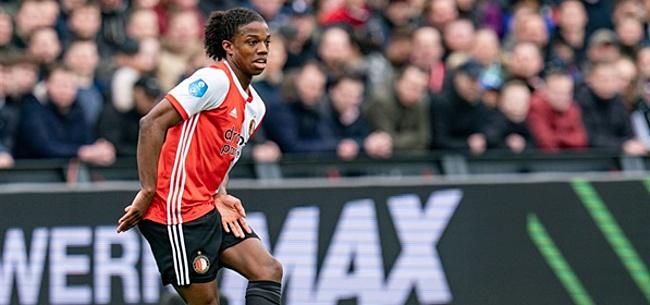 Foto: Malacia roemt Ajacied: 'Hij laat andere spelers er slecht uitzien'