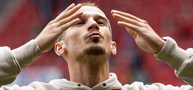 Foto: Kippenvel: Twente-spelers gaan los bij rentree Cerny