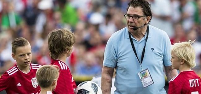 Foto: Van Hanegem fileert minister: 'Het schijnt een Feyenoorder te zijn'